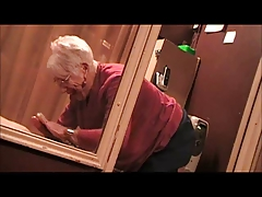 GRANNY SUCKING COCK TAKING FACIALS(GOOGLE COUGARCHAMPION)