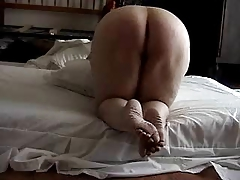 BIG ASS MATURE HOUSEWIFE & HER LOVER