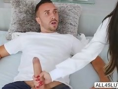 Big tits Melissa Lynn spreads her legs inviting Keiran Lee to eat and fucked her pussy